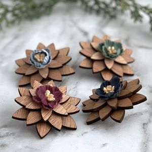 ⚜️New⚜️ Men's Natural Wood Lapel Flower Pin Brooch